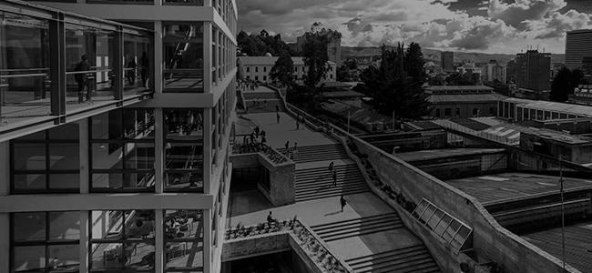 Edificio Escaleras Uniandes