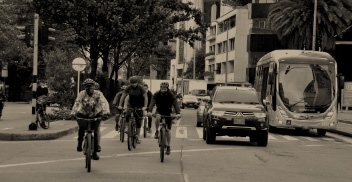 Transporte urbano y cambio climático: retos y soluciones de política pública