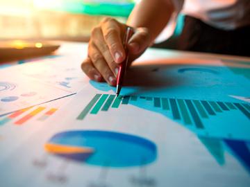 Economía en la Era de Big Data: Retos Empíricos