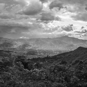 Montañas a blanco y negro